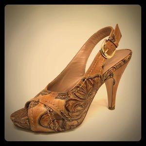 Cuoieria Fiorentina Italian Embossed Leather Heel